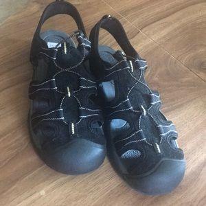 Airwalk closed toe athletic sandals